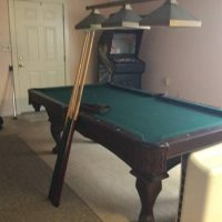 Pool Table-Excellent Condition
